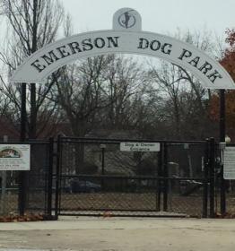 dog-park-entrance