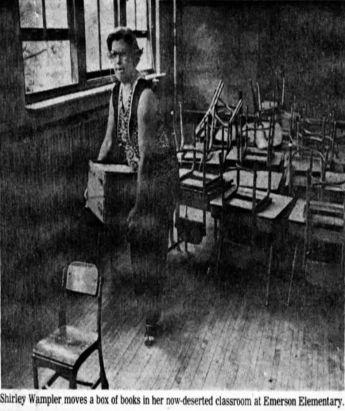 shirley-wampler-clearing-classroom-1981-1